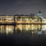 Таинственный покупатель приобрел здание на Адмиралтейской набережной в Санкт-Петербурге
