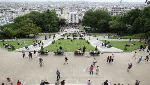 Французских безработных становится все больше