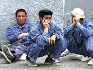 Безработица особенно ударит по иностранцам