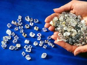 Гохран может получить еще 3 млрд руб. на приобретение бриллиантов
