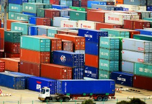 Китайский экспорт продолжает снижаться