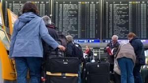 ФСБ рекомендует временно приостановить полеты в Египет
