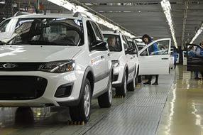 Государство может направить 45 млрд руб. на помощь автопрому в 2016 году