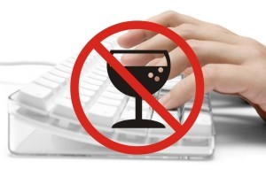 Госдума пересмотрит запрет на продажи алкоголя через интернет