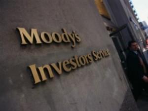 Moody's снизило кредитный рейтинг России