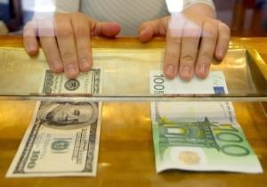 К 2017 году евро может стать дешевле доллара