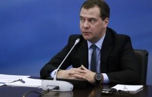 Медведев одобрил госпрограмму по энергетике