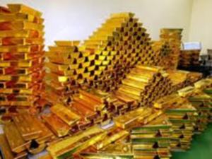 Россия увеличивает международные запасы золота