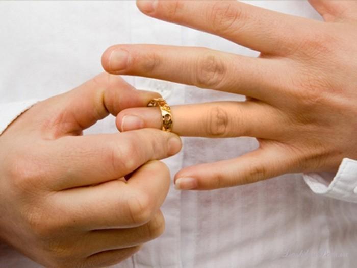 кредит после развода кто платит кредит срочно на карту без посещения банка