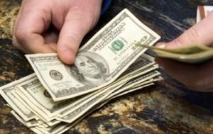 Как покупать валюту на черном рынке