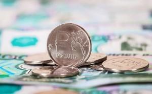 Сильный рубль угрожает бюджету