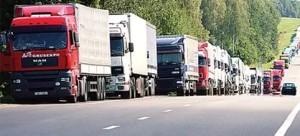 Грузовики на польско-российской границе остановились